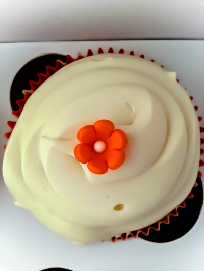 Simply, but cute. Cupcake By: Elizabeth Preston Photo By: Elizabeth Preston